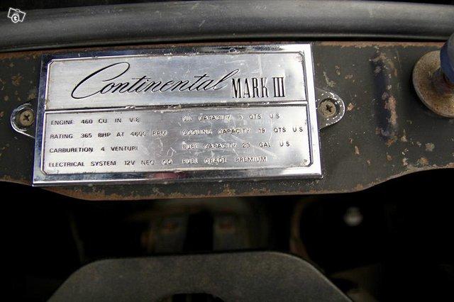 Lincoln Continental 14