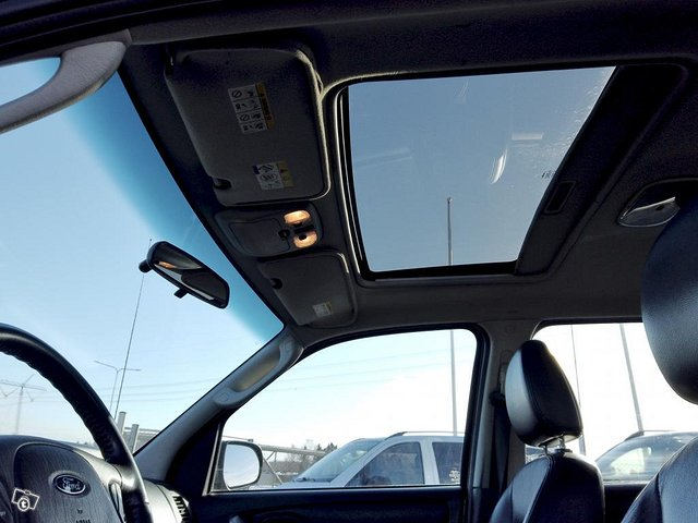Ford Maverick 22