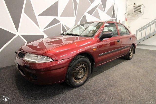 Mitsubishi Carisma 8