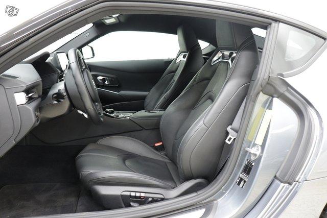 Toyota GR Supra 12