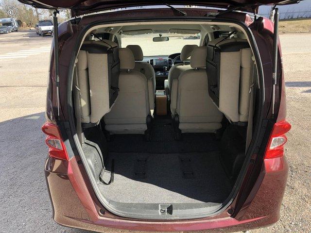 Honda Freed 11
