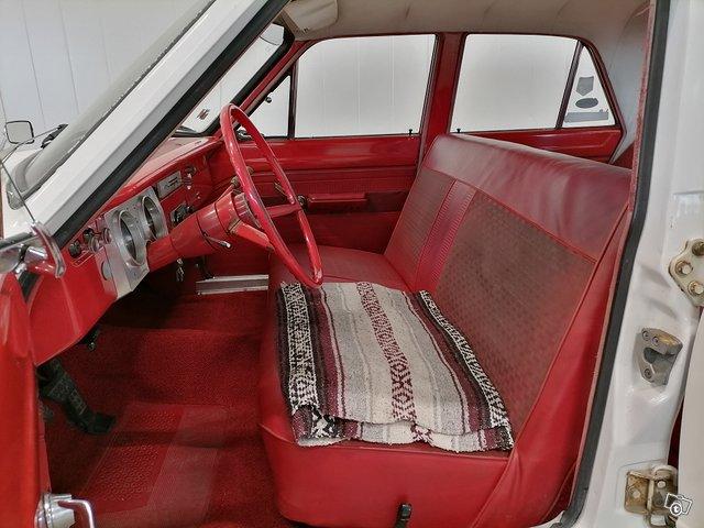 Plymouth Valiant 13