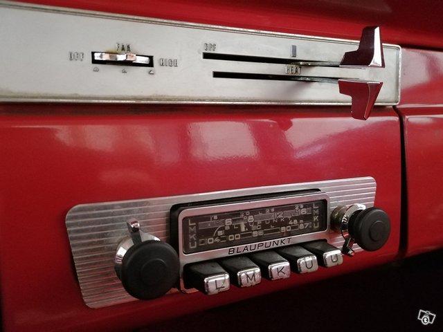 Plymouth Valiant 14