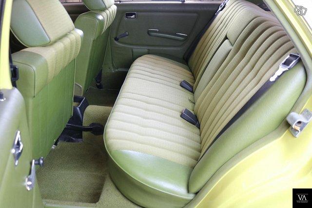 Mercedes-Benz 230 7