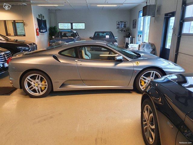 Ferrari F430 4
