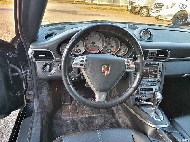 Porsche 911 17