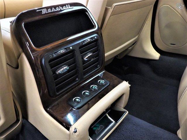Maserati Quattroporte 21