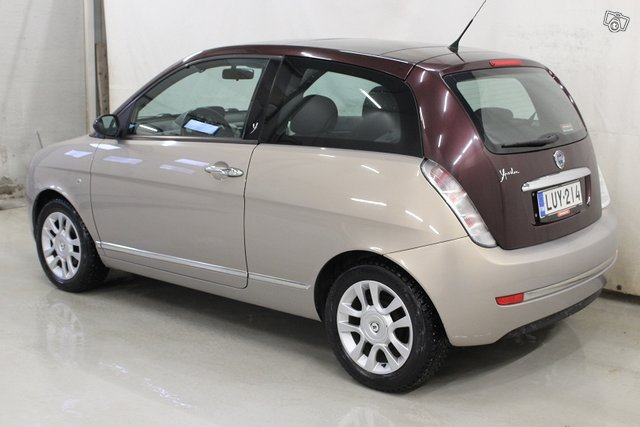 Lancia Ypsilon 3