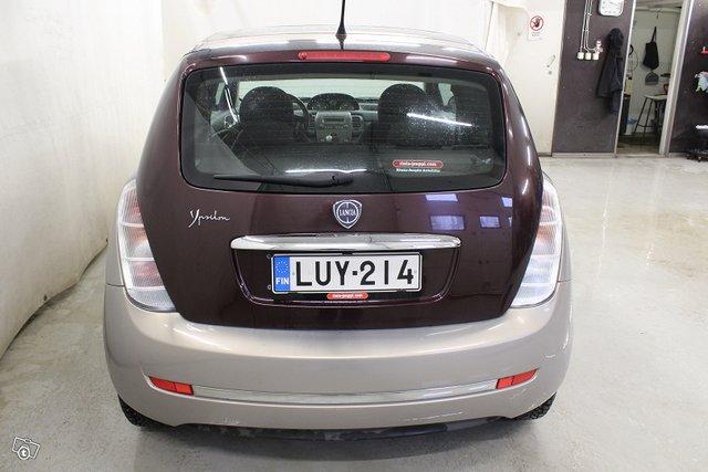 Lancia Ypsilon 5
