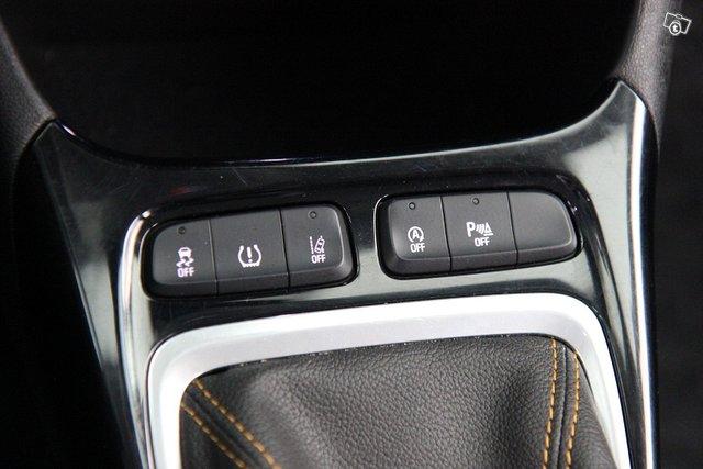 Opel CROSSLAND X 19