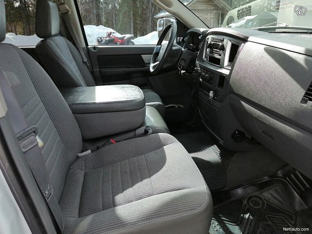 Dodge Ram 2500 12