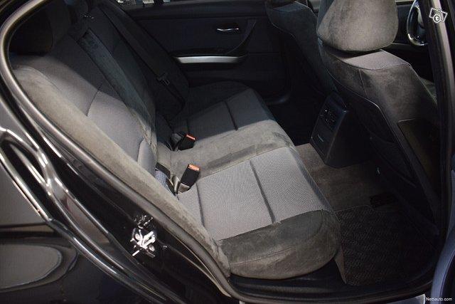 BMW 323 12