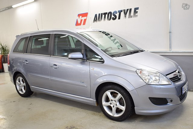 Opel Zafira 5
