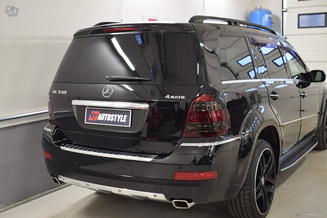 Mercedes-Benz GL 7