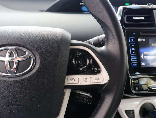 Toyota Prius 15