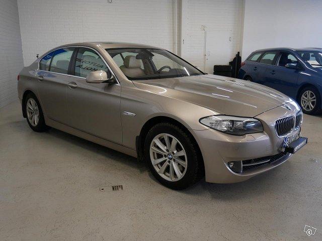 BMW 528 16