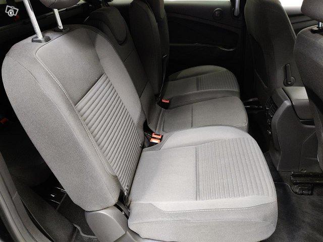 Ford Grand C-Max 5