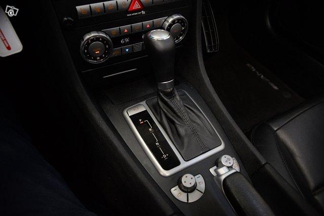 Mercedes-Benz SLK 55 AMG 11