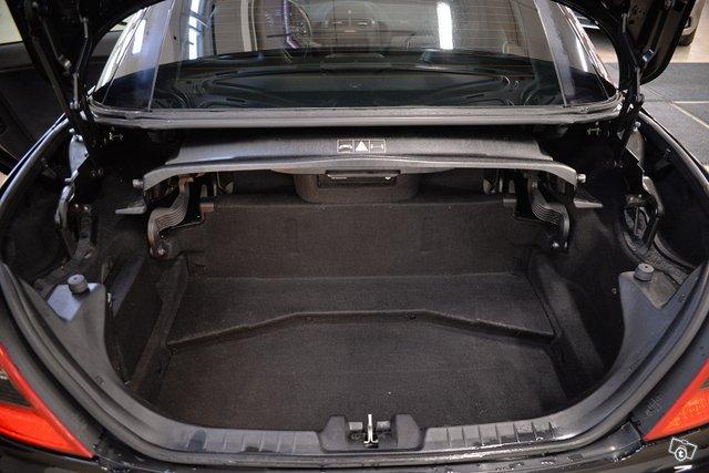 Mercedes-Benz SLK 55 AMG 13