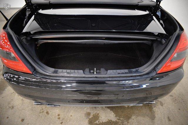 Mercedes-Benz SLK 55 AMG 14