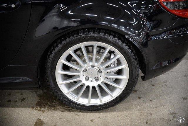 Mercedes-Benz SLK 55 AMG 15