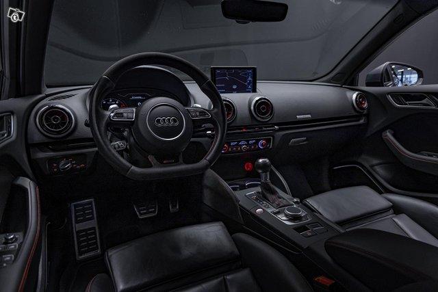 Audi RS3 6