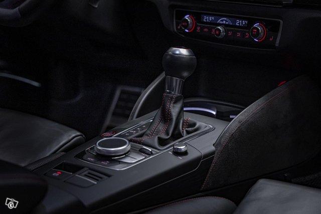 Audi RS3 9