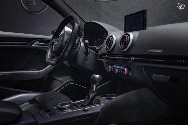 Audi RS3 13