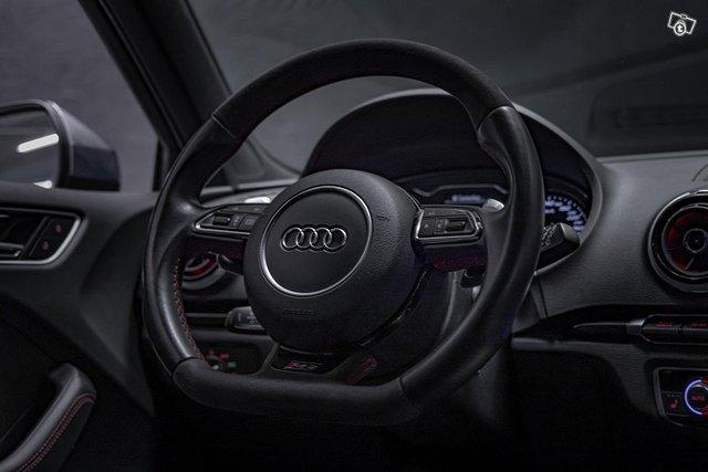 Audi RS3 14