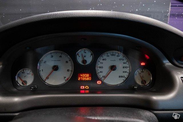 Peugeot 406 22