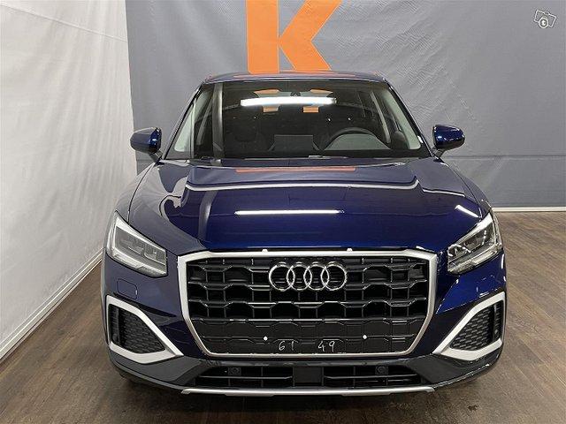 Audi Q2 3