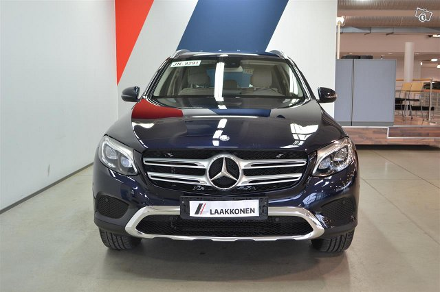 Mercedes-Benz GLC 3