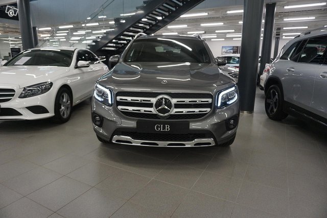 Mercedes-Benz GLB 2