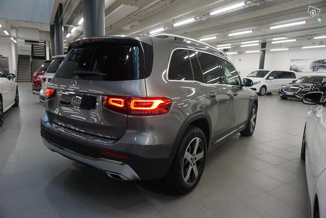 Mercedes-Benz GLB 3