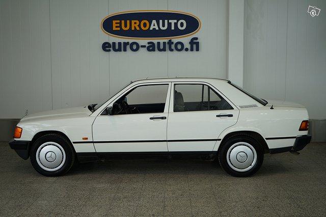 Mercedes-Benz 190 2