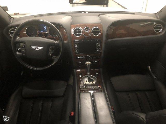 Bentley Flying Spur 8