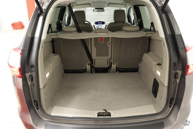 Ford Grand C-Max 15