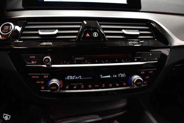 BMW 520 21