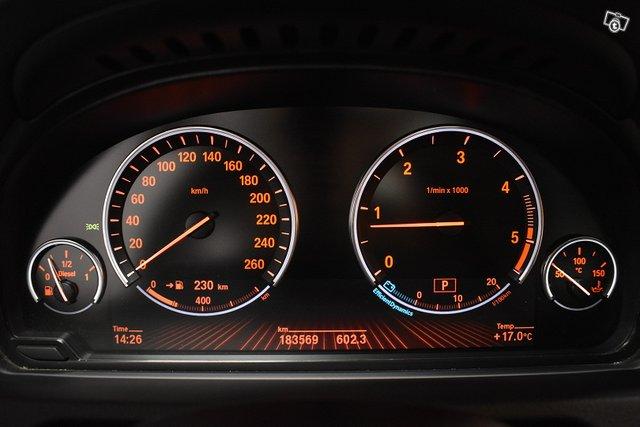 BMW 530 GRAN TURISMO 16
