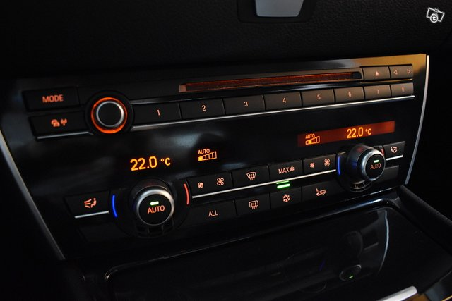 BMW 530 GRAN TURISMO 24