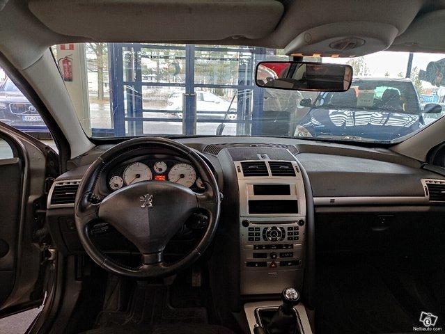 Peugeot 407 13