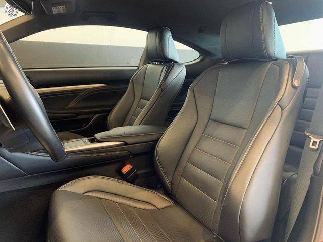 Lexus RC 12