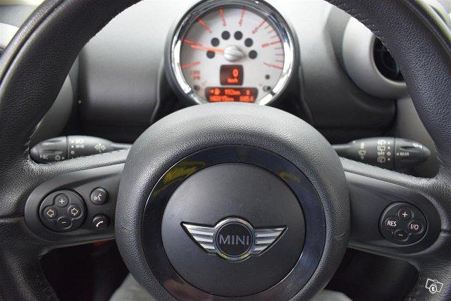 MINI Cooper SD 9