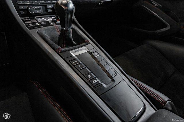 Porsche Cayman 18