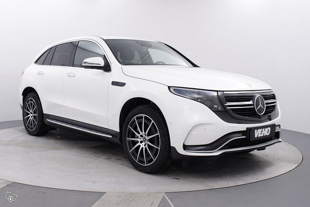 Mercedes-Benz EQC 8