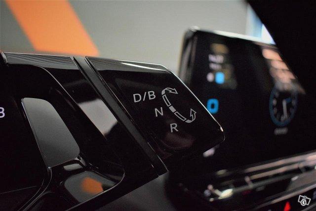 Volkswagen ID.4 14