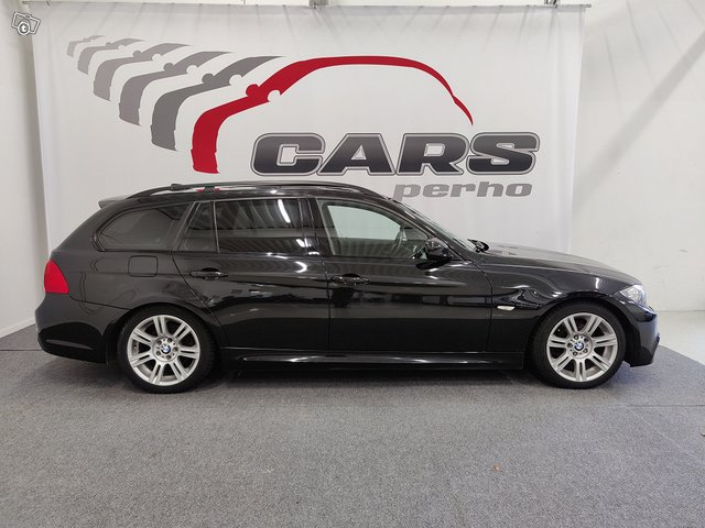 BMW 320d 4