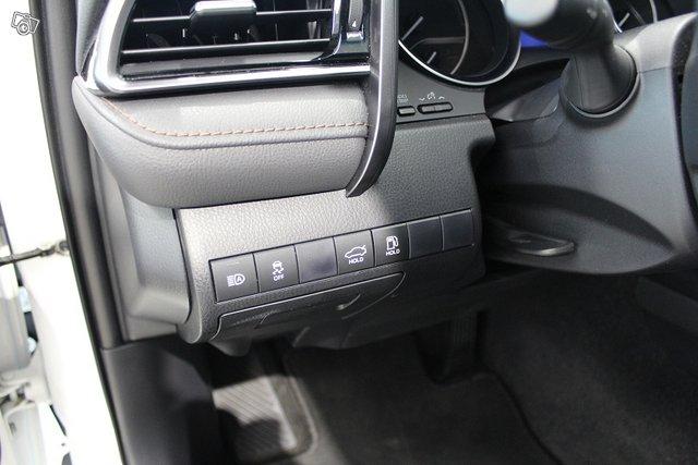 Toyota Camry 10