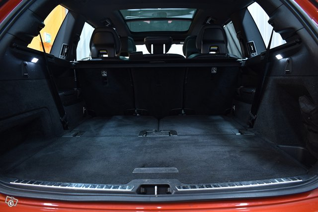 Volvo XC90 25