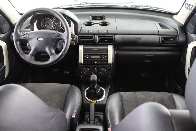 Land Rover Freelander 10